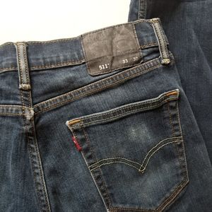 Levi's slim fit 511 dark wash W33 L30